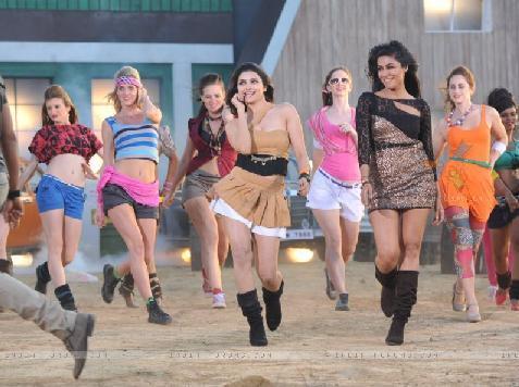 I, Me aur Main Hindi Movie Free Download